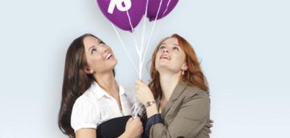 polizistinnen_zivil_luftballons