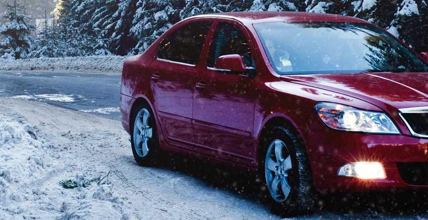Passende Reifen für winterliche Straßenverhältnisse