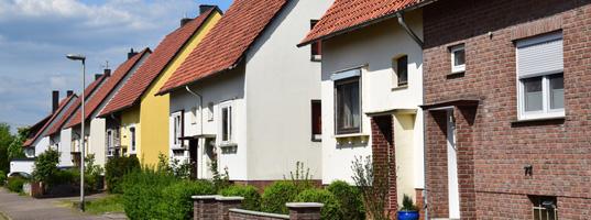 Sichern Sie Ihr Hab und Gut zu Hause umfassend und kostengünstig ab.