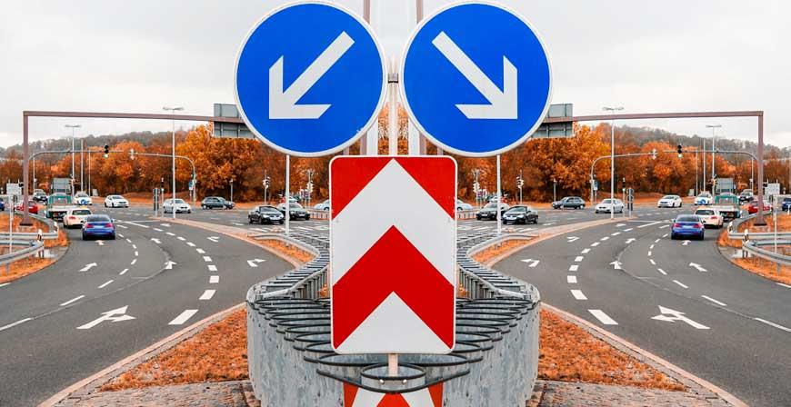 Bis zum 30. November können Autofahrer die Kfz-Versicherung wechseln. Ob sich ein Wechsel lohnt, hängt vom künftigen Preis und den Leistungen der Police ab